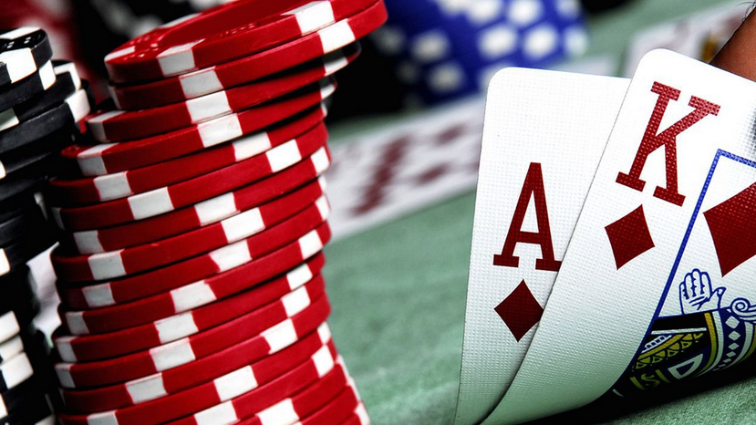 Use Gambling Online To Make Someone Fall In Love With You