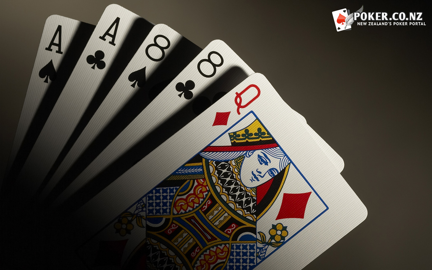 Play the betting game at break time and earn some addiction profit
